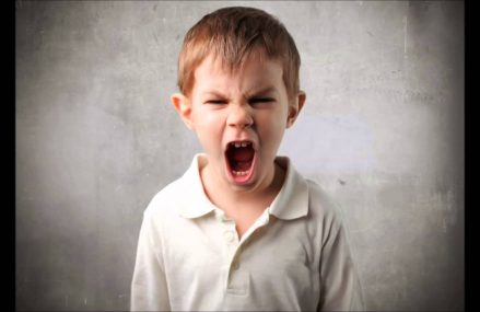 Unga barn har svårt att koncentrera sig i skolan